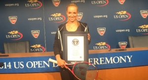 Sabine Lisicki receives a Guinness World Record Award