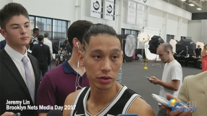 Jeremy Lin talking with media at Brooklyn Nets Media on September 25, 2017