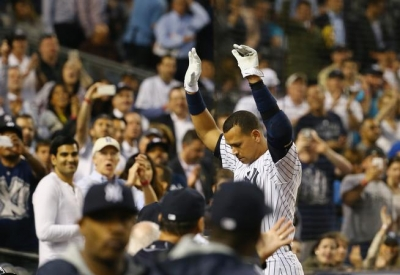 Alex Rodriguez of New York Yankees hits home run number 661, passing Willie Mays in career home runs