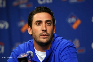 New York Mets pitcher Matt Harvey talking with the media