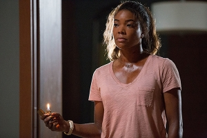 Gabrielle Union starring as Shaun Russell in the movie Breaking In